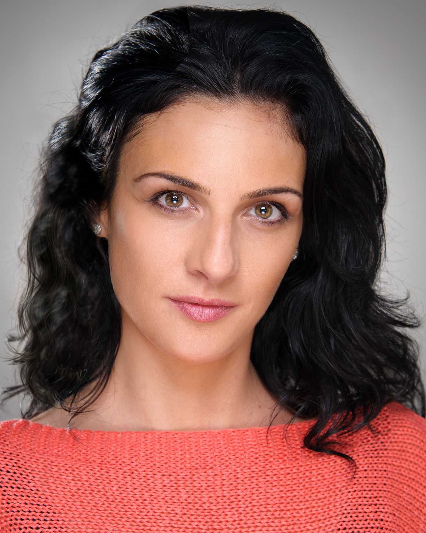 https://gordonscott.photography/wp-content/uploads/2018/07/Maria-Tophunts-Headshot.jpg